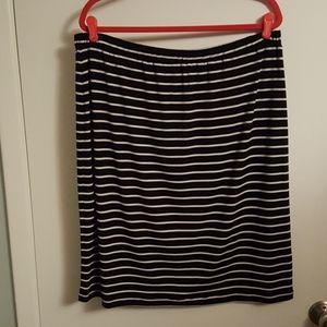 18-20W Cato Soft Knit Skirt